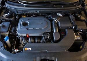 Hyundai-Accent-Blue-motor-2